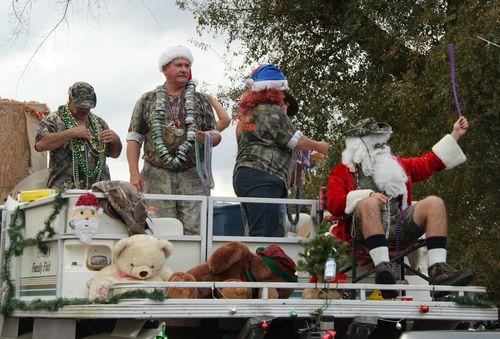 Redneck Christmas.Chumuckla Redneck Christmas Parade Canceled Wtsp Com